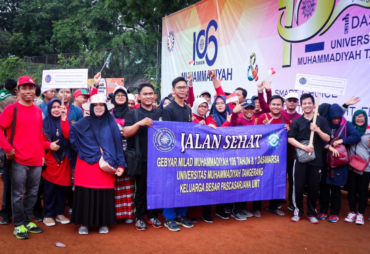 Jalan Sehat Milad 106 Tahun Muhammadiyah
